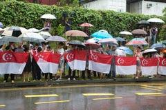 Offentlig linje väg för att passera kistan av före dettapremiärministern av Singapore, Lee Kuan Yew Arkivbild
