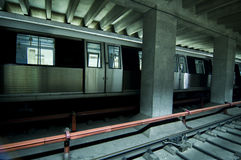 offentlig station stoped drevtransport Arkivbild