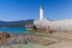 Offentlig strand av den Propriano semesterortstaden, Korsika Fotografering för Bildbyråer