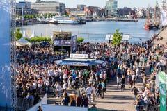 Offentlig visning för fotboll under Kiel Week 2016, Kiel, Tyskland Arkivfoton