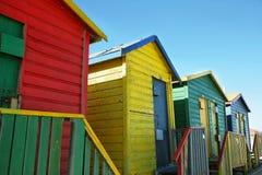 Offentliga badrum av den St James stranden i Muizenberg Arkivfoton