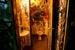 offentliga toaletter Royaltyfria Bilder