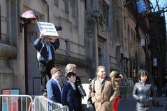 Offentligt predika, gatapredikant, frilufts- predika, evighet, NYC, NY, USA arkivbilder