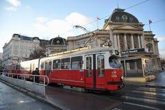 Offentligt trans. på gatorna av Wien, Österrike Royaltyfri Fotografi
