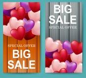 Offerta di vendita di giorno del ` s del biglietto di S. Valentino grande con fondo di legno royalty illustrazione gratis