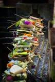 Offerti di indù di balinese. Immagine Stock