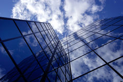 Office Building. Reflecting sky and cloud Royalty Free Stock Image