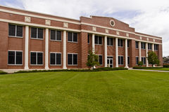 Office Building. Large brick office or government building Royalty Free Stock Photo