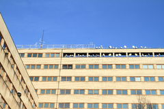 Office building with antennas Royalty Free Stock Photos
