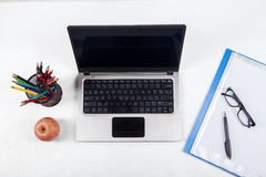 Office supplies and laptop computer 1 Royalty Free Stock Photography