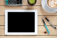 Office table with tablet blank screen Royalty Free Stock Photos