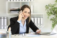 Free Office Worker Calling On Phone Looking At You Stock Photo - 117597350