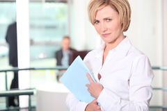 Office worker with files Royalty Free Stock Photography