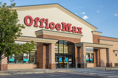 OfficeMax-Speicher stockfotos