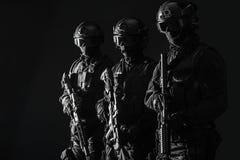 OfficersSWAT de la policía de los ops de espec. fotos de archivo