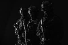 OfficersSWAT de la policía de los ops de espec. fotografía de archivo