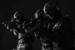 OfficersSWAT della polizia dei ops di spec. Fotografie Stock