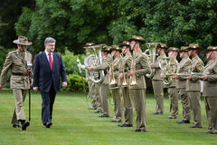 Officiële het welkom heten ceremonie van President van de Oekraïne Poroshenko i Royalty-vrije Stock Afbeeldingen
