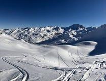 Offpist skiing1 royaltyfria foton