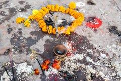 Offres dans un temple hindou Photos libres de droits