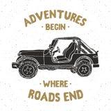 Offroad автомобиль SUV, винтажный ярлык, рука нарисованный эскиз, grunge текстурировал ретро значок, печать футболки дизайна офор бесплатная иллюстрация