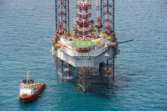 Offshore oil rig drilling platform. In the gulf of Thailand 2015 Royalty Free Stock Photo