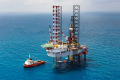 Offshore oil rig drilling platform Stock Photos
