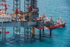 Offshore oil rig drilling platform. In the gulf of Thailand 2015 Stock Photos