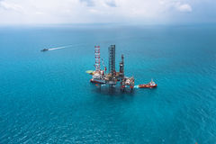 Offshore oil rig drilling platform. / in the gulf of Thailand Stock Photo