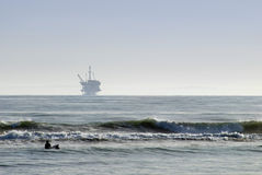 Offshore oilrig. An off-shore oil platform on the pacific coast, off California Royalty Free Stock Images