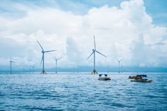 Free Offshore Wind Farm Royalty Free Stock Photography - 105497977