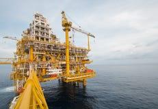 Offshoreindustrieöl und -gas lizenzfreies stockfoto
