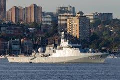 Offshorepatrouillenschiff OPV HTMS Krabi OPV-551 der k?niglichen thail?ndischen Marine in Sydney Harbor lizenzfreie stockbilder