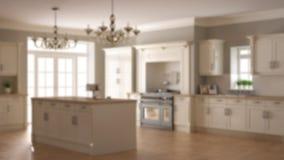 Offuschi l'interior design del fondo, la cucina di lusso d'annata classica, l'isola con due grandi lampade di pendente dei candel illustrazione vettoriale