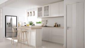 Offuschi l'interior design del fondo, la cucina scandinava moderna con l'isola, i panchetti e le lampade di pendente, gabinetti e fotografia stock
