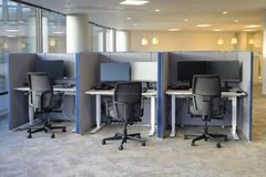 Free Ofice Chairs In A Row Royalty Free Stock Image - 115199326