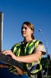 Oficial de polícia fêmea foto de stock royalty free