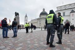 Oficiales de policía de servicio, Vilna Fotografía de archivo