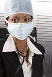 Oficina africana femenina del doctor Imagen de archivo