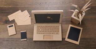 Oficina amistosa de la cartulina del eco creativo fotografía de archivo libre de regalías