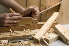 Oficina da obra de carpintaria com ferramentas de madeira Fotos de Stock