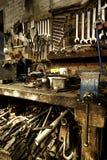 Oficina de construção mecânica velha Imagem de Stock Royalty Free