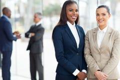 Oficina de las mujeres de negocios Imagen de archivo libre de regalías