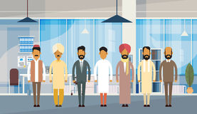Oficina de negocios india de Group Traditional Clothes la India del hombre de negocios de la gente libre illustration