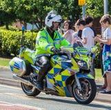 Oficina de policía y moto británicas fotografía de archivo