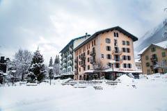 Oficina de turismo y Mountain View en Chamonix fotos de archivo