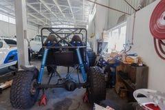 Construção do veículo da oficina do mecânico Fotografia de Stock Royalty Free
