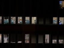 Oficina en la noche Fotografía de archivo libre de regalías