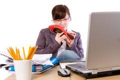 Oficinista aburrido, aislado en blanco fotografía de archivo libre de regalías