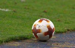 Oficjalna UEFA Europa Ligowego dopasowania piłka Obrazy Royalty Free